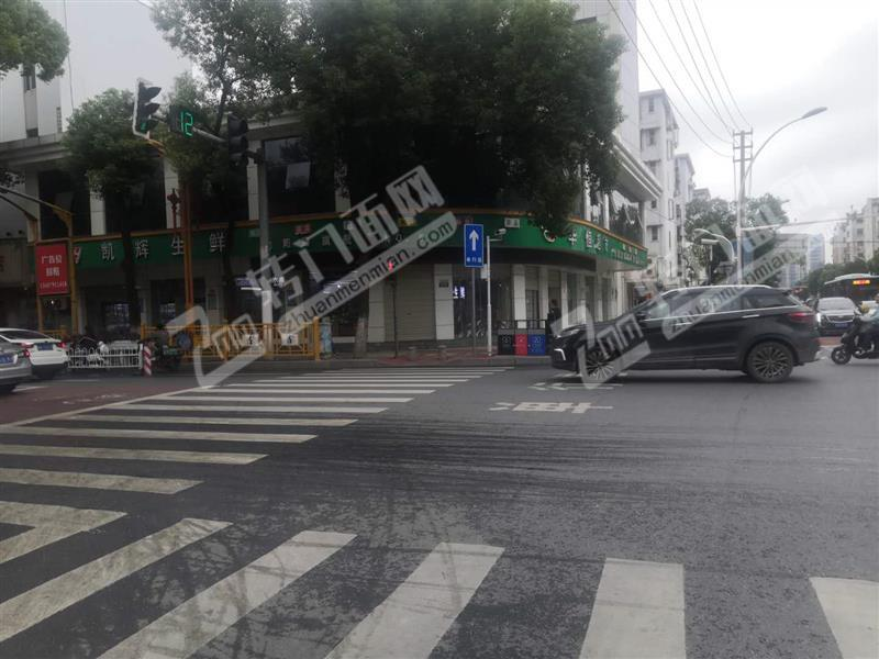 莲塘向阳路与澄湖西路交叉十字路口日营业额2万+生鲜百货超市转让